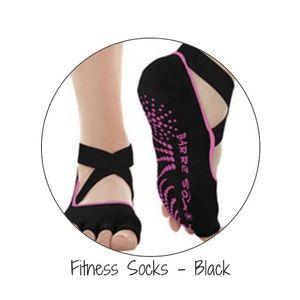 Accessories - NWT Barre Sox toe sox